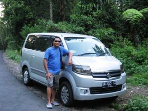 bali-pruvodce-s-autem
